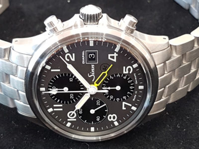 Sinn_358_UTC_Diapal_yellow_side1