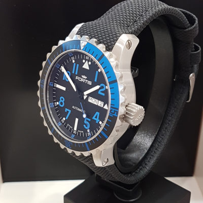 Fortis_Marinemaster_Blue_side1