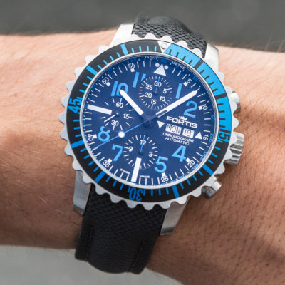 Fortis_Marinemaster_Chrono_Blue_wrist1