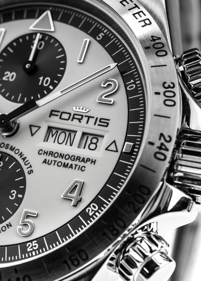 Fortis_Classic_Cosmonauts_Steel_Limited_Detail