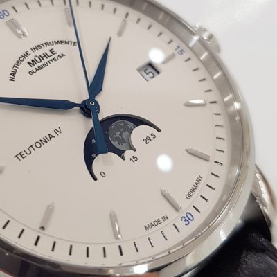 Muehle-Glashuette's Teutonia Moonphase (4)