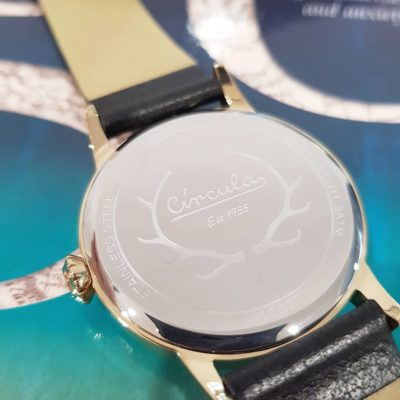 Champagne dial, gold case, nappa leather band