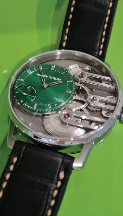 Gravity Equal Force Green
